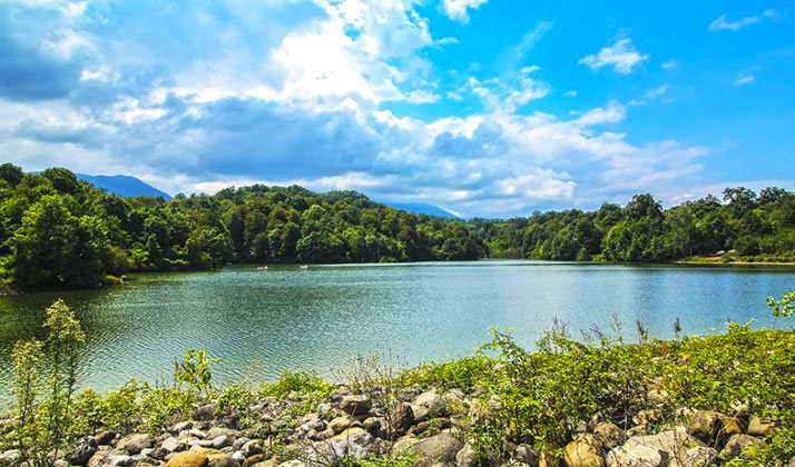 این دریاچه زیبا به مروارید مازندران معروف است.