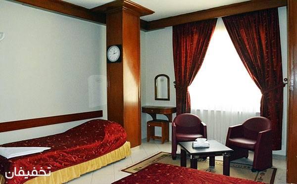 هتل سه ستاره زیتون مشهد ویژه یک شب اقامت با صبحانه به ازای هر نفر تا ۳۵% تخفیف